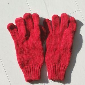 NWOT gap red knit gloves